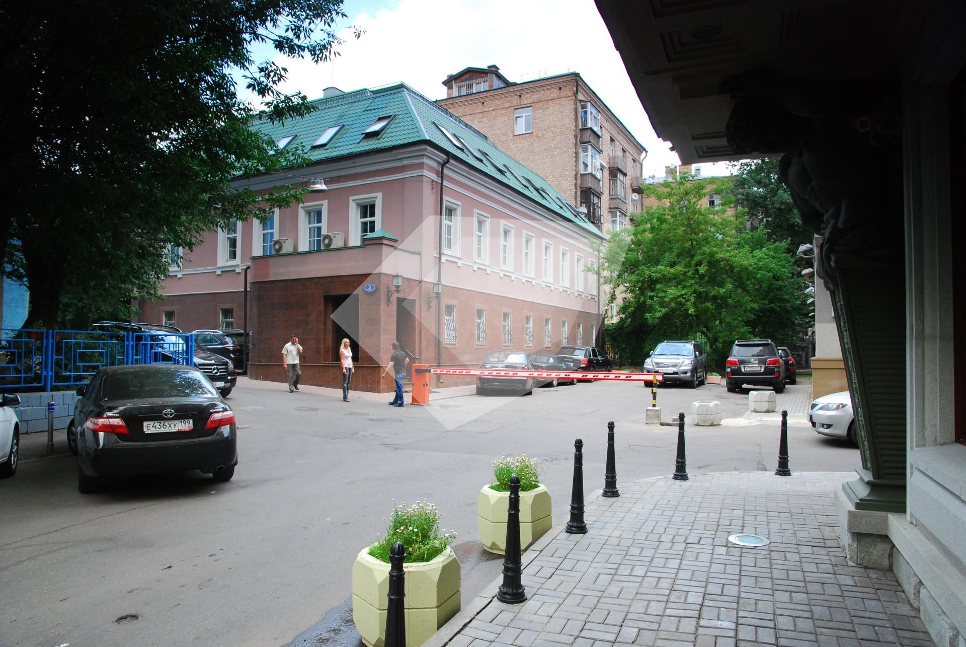 Помещение для персонала Хлыновский тупик помещение для персонала Фотиевой улица